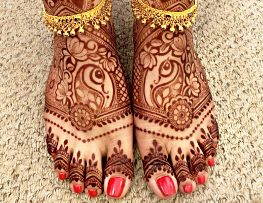 bridal-mehndi-on-leg