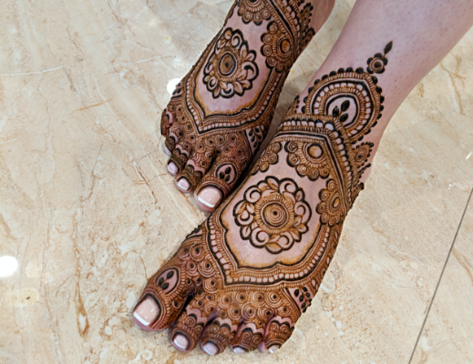 bridal-mehndi-on-leg