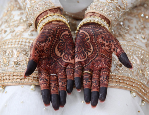 dark-bridal-mehndi